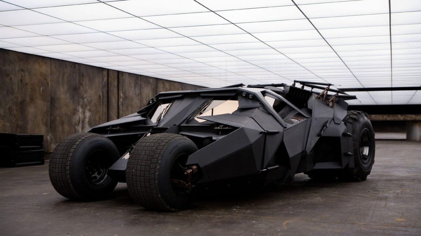 batman-batmobile-car
